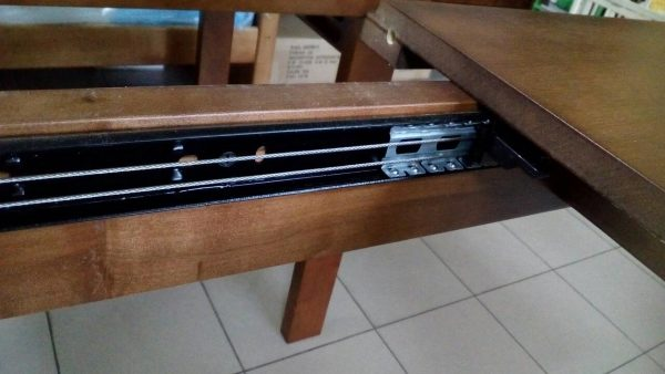 Стол обеденный деревянный Эконом