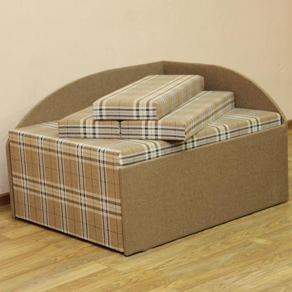 Кубик, диван в ткани шотландия браун и однотон. 1-я категория