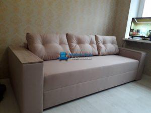 """В диване Бостон возможно заказать подушки в стиле""""улыбка"""" и накладку на подлокотники в цвете дуб сонома"""