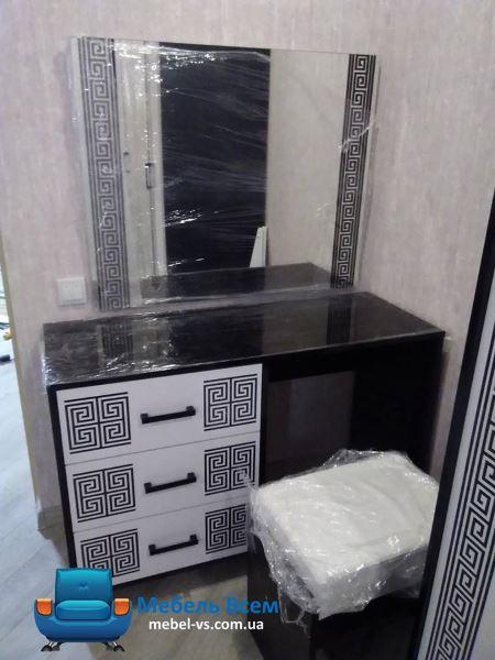 Зеркало+туалетный столик+пуф Виола